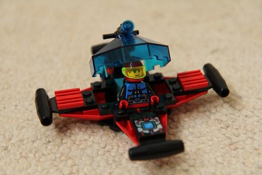 6835-Spyrius-Saucer-Scout-small