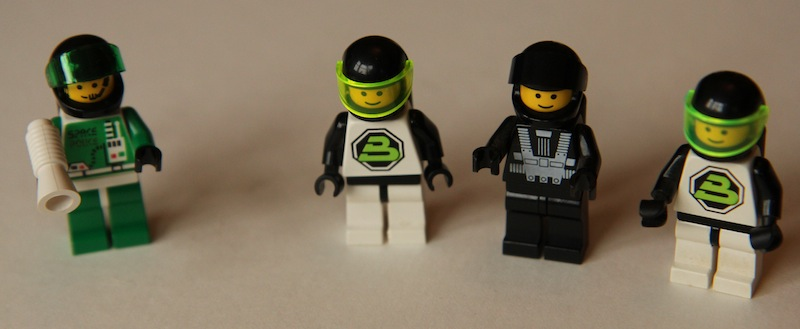 sp_bt_minifigs_1_small