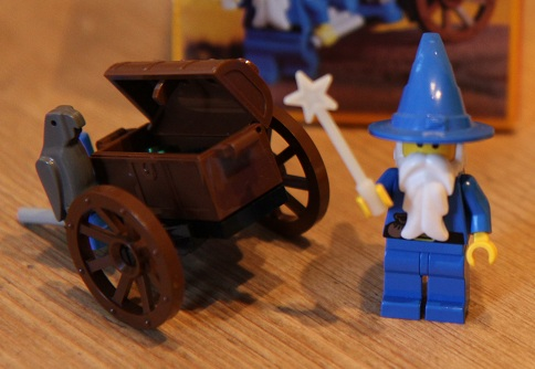 1736-Dragon-Knights-Wizards-Cart-small